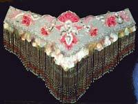 """Восточные костюмы. с праздника  """"Бусина """" - много украшений из бисера, стекляруса, бусин, и роскошная расшивка костюмов."""
