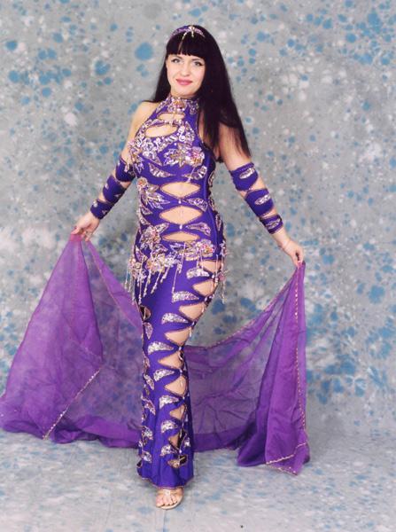 Предлогаю услуги по пошиву костюмов